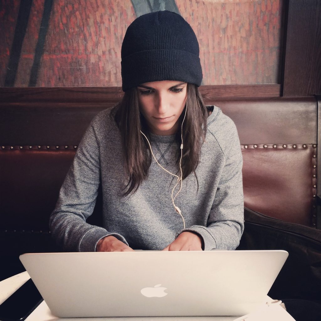 Девушка, Онлайн Школа 977